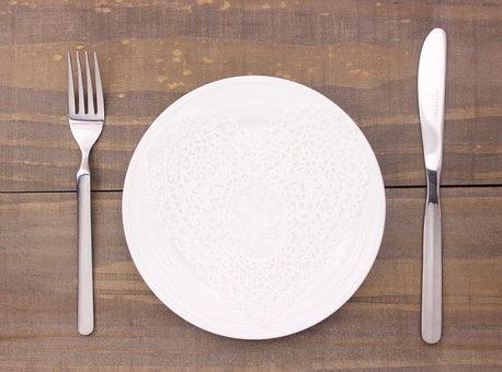 【ダイエットを挫折しない秘密はお皿にあった】